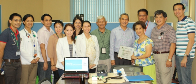 Fellows of the Section of Pulmonary Medicine with their Head Dr. Joselito Chavez (5th from the right) gave the Certificate of Appreciation to the PGHMFI Executive Committee Members (from right; Atty. Arnie Cariño, Dr. Telesforo Gana, Mrs. Agnes Essem Perez, Mr. Jose Bayani Baylon (back) and Dr. Alfonso Doloroso) for donating Wright's Respirometer, Oxygen Analyzer and Manometer.